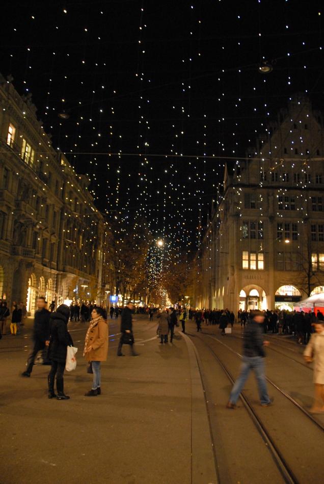 Weihnachtsdeko Straßenbeleuchtung.Weihnachtsbeleuchtung Bahnhofstrasse Zürich Lucy In The Sky With