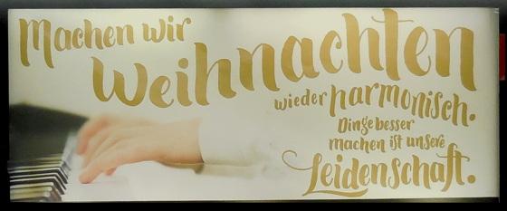 Werbung für Klaviermusik am Weihnachtsabend?